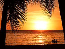 coucher_de_soleil_aux_salines.1400718.18
